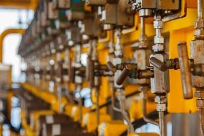 closeup picture of valves in for process engineering